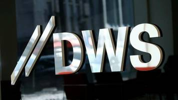 DWS: Deutsche-Bank-Tochter schafft Titel für Manager ab – keine Beförderungen für 2019