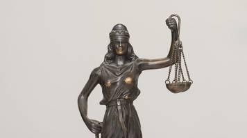 verfassungsschützer wegen versuchter erpressung vor gericht
