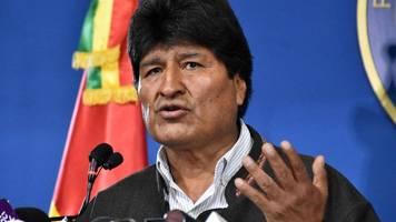 Bolivien: Ex-Präsident Evo Morales fliegt ins Exil nach Mexiko – Añes will Neuwahlen