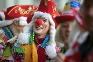 Kölner Karneval: Unbekannter würgt Mann mit Kabelbinder