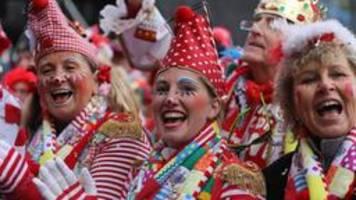 Angriffe mit Kabelbindern beim Kölner Karneval