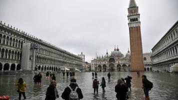 Schwere Schäden in Venedig durch schlimmstes Hochwasser seit über 50 Jahren