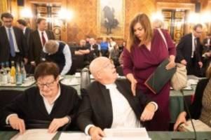 hochschulen: ausschuss zu tumulten: keine parteipolitik an uni