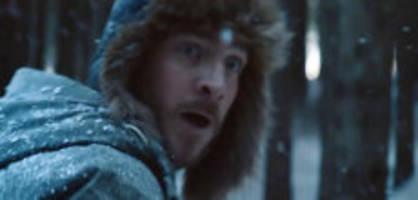 Werbung in Weihnachtszeit : Mit diesem Tollpatsch geht Aldi auf Kundenfang