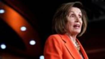 Impeachment-Anhörung: Nancy Pelosi wirft Donald Trump Bestechung der Ukraine vor