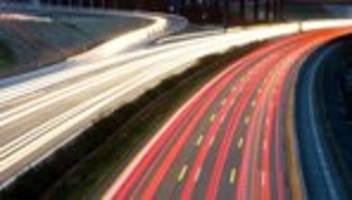 Klimaschutz: Hofreiter pocht auf Tempolimit auf deutschen Autobahnen