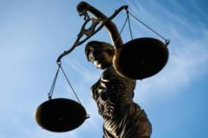 Terrorismus: Terrorwerbung: Urteil im Prozess gegen Flüchtling erwartet