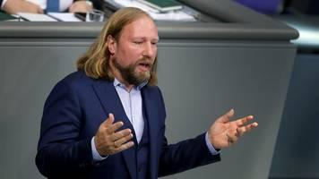 Nach : Grünen-Politiker Hofreiter pocht auf Tempolimit auf deutschen Autobahnen