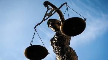 Terrorwerbung: Urteil im Prozess gegen Flüchtling erwartet
