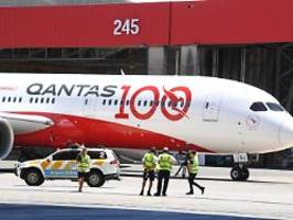 19 Stunden 19 Minuten Nonstop: Rekordflug aus London landet in Sydney