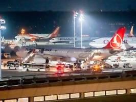 Zwei IS-Frauen erwartet: Türkei schiebt weiter nach Deutschland ab