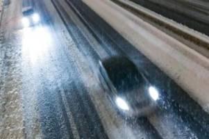 Hunderttausende ohne Strom: Schneechaos in Frankreich