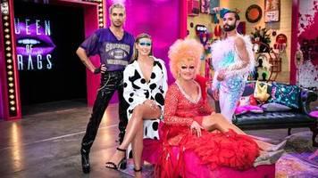 """Neue Castingshow: """"Queen of Drags"""": Glitzer, Glamour, Bratwürste – aber Heidi hält sich im Hintergrund auf"""