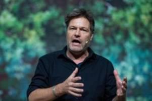 Grünen-Parteitag inn Bielefeld: Robert Habeck: Wir wollen die Weichen mitstellen