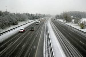 Wintereinbruch: Todesopfer und Stromausfälle: Frankreich versinkt im Schnee