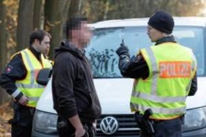 Landkreis Harburg: Polizeikontrolle: Drei Einbrecher werden gefasst
