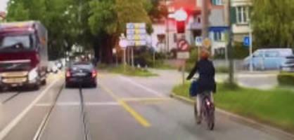 berner verkehrsdirektorin: sp-frau ursula wyss  fährt mit velo über rote ampeln
