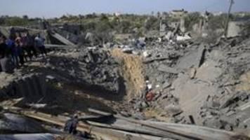 Israel greift erneut Ziele in Gaza an