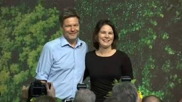 Parteitag in Bielefeld: Grünen-Chefs Baerbock und Habeck wiedergewählt