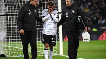 DFB-Stürmer: Waldschmidt mit Gesichtsverletzung in die Klinik