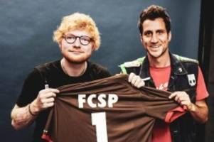 Kiezclub: St.-Pauli-Profi verlobt sich – Ed Sheeran erhält Trikot