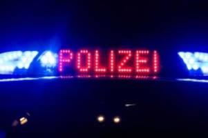 Notfälle: Schwer Verletzten gefunden: Polizei sucht Unfall-Hinweise