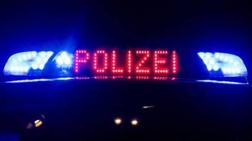 schwer verletzten gefunden: polizei sucht unfall-hinweise