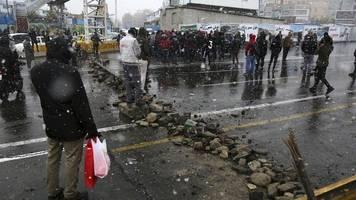 Nach Spritpreiserhöhung: Tote und Verletzte bei Unruhen im Iran