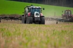 agrar: streit um düngeregeln kocht nach neuer verordnung hoch