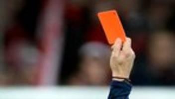Gewalt im Fußball: Erneut Angriffe gegen Schiedsrichter im Amateurfußball