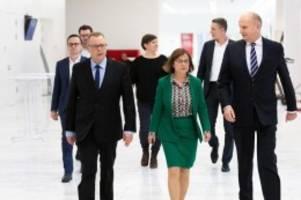Regierung: Kenia-Koalition setzt sich Vorsprung Brandenburg zum Ziel
