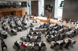 Landtag: Mehr Frauen im Landtag: Menge und Tiemann rücken nach