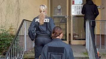 Chemikalien für Bomben gekauft - Terrorverdacht: Spezialeinheit nimmt Mann in Berlin fest