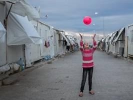 EU-Geld für die Türkei: Merkel verspricht Erdogan Flüchtlingshilfen