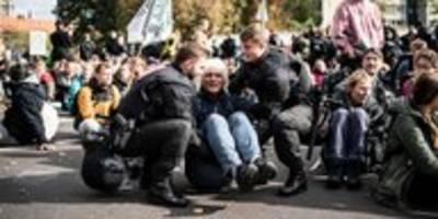 klimaproteste von extinction rebellion: kritik an zahl der festnahmen