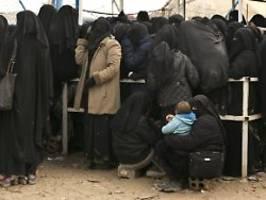 Bei Ausreise aus Syrien geholfen: Bundesregierung holt erstmals IS-Frau zurück