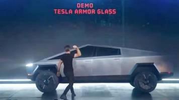 Panne bei Vorstellung: Cybertruck: Tesla-Pickup hält Bruchtest nicht Stand