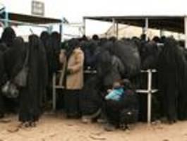 Deutschland holt erstmals IS-Anhängerin aus Syrien zurück