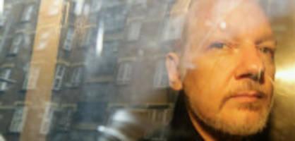 «keine zeit zu verlieren»: Ärzte sehen leben von julian assange in gefahr