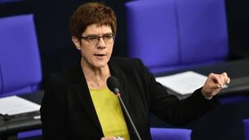 werkstattgespräch der cdu: verfassungsbedenken gegen dienstpflicht