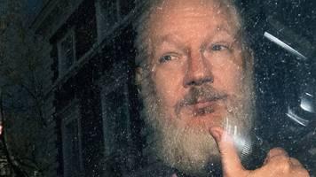 julian assanges vater soll in köln über seinen sohn sprechen