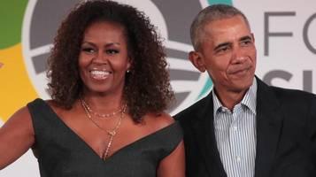 die obamas teilen neues familienfoto zu thanksgiving