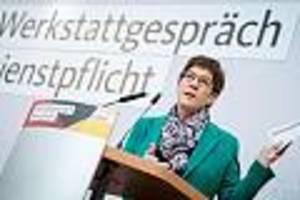 """""""werkstattgespräch"""" mit kramp-karrenbauer  - es geht um millionen junger leute: cdu diskutiert dienstpflicht, fdp lästert"""
