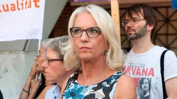Kammergericht Berlin: Erste Ärztin rechtskräftig nach Paragraf 219a verurteilt worden