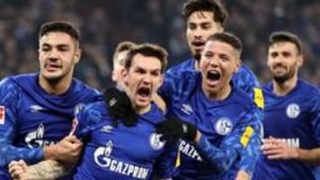 fußball: schalke besiegt union berlin mit 2:1