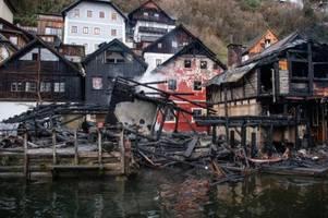 Österreich: Feuer wütet in Weltkulturerbe-Ort Hallstatt