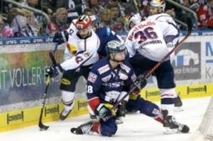 eishockey: eisbären-profi jonas müller geht in die offensive