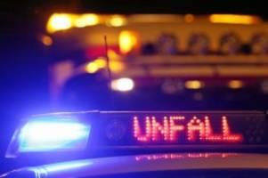 Pinneberg: Betrunkener Fahrer verunglückt mit BMW auf der A 23