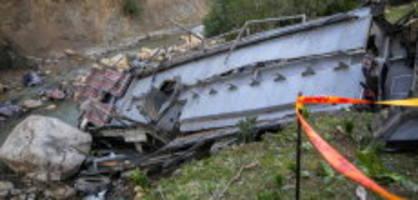Tunesien: 26 Tote bei Unfall von Reisebus