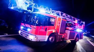 feuer zerstört ehemaliges gutshaus: 600 000 euro schaden